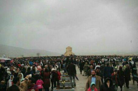 حکومت اسلامی سال تحویل نوروز امسال راه های رفتن به همه ی محوطه های تاریخی ـ فرهنگی پر رفت و آمد را بسته بود